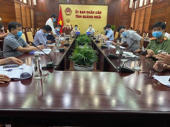 Quảng Nam đề nghị giảm tối đa hoặc tạm dừng hoạt động vận chuyển hành khách đi và đến sân bay Chu Lai ảnh 2