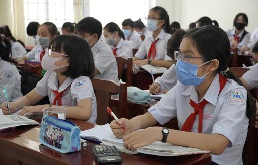 Quảng Ngãi: Chỉ học sinh lớp đầu cấp, lớp trưởng, lớp phó dự lễ khai giảng ảnh 1