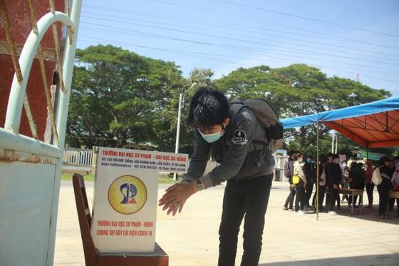 Quảng Ngãi: Hơn 390 thí sinh tham dự kỳ thi tốt nghiệp THPT đợt 2  ảnh 4