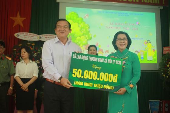 Khoảng 2 tỷ đồng hỗ trợ Trung tâm Nuôi dạy trẻ khuyết tật Võ Hồng Sơn  ảnh 5