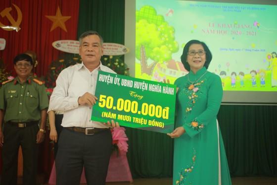 Khoảng 2 tỷ đồng hỗ trợ Trung tâm Nuôi dạy trẻ khuyết tật Võ Hồng Sơn  ảnh 7