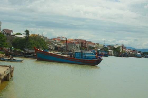 Khẩn trương nạo vét cửa biển Cửa Đại để tàu thuyền vào tránh trú ảnh 3