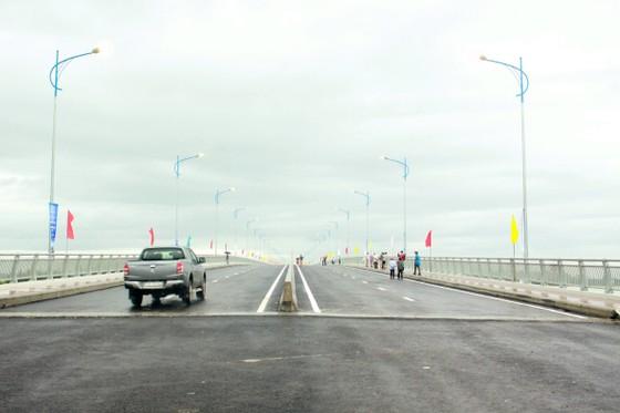 Quảng Ngãi: Khánh thành cầu Cổ Lũy bắc qua sông Trà Khúc  ảnh 1