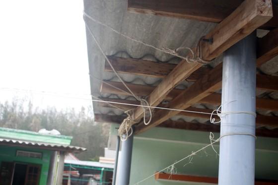 Giăng lưới, cột dây chằng chống nhà cửa ứng phó bão số 10 ảnh 8