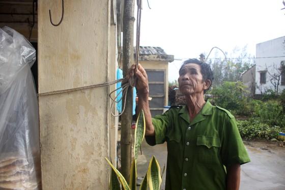 Giăng lưới, cột dây chằng chống nhà cửa ứng phó bão số 10 ảnh 5