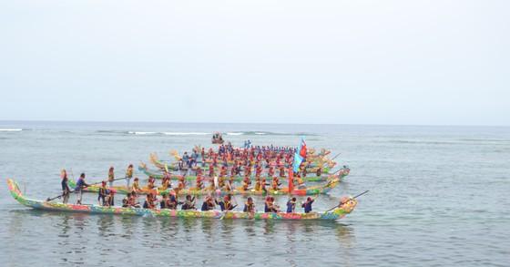 Lễ hội đua thuyền tứ linh Lý Sơn được công nhận là di sản văn hóa phi vật thể quốc gia ảnh 6