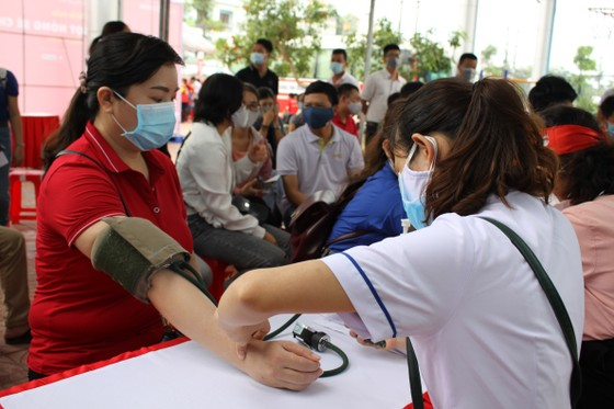 Quảng Ngãi: 600 người tham gia hiến máu tình nguyện  ảnh 2