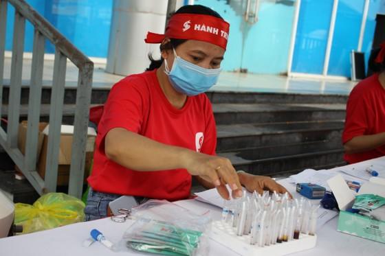 Quảng Ngãi: 600 người tham gia hiến máu tình nguyện  ảnh 3