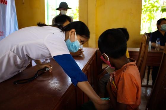 Tỷ lệ suy dinh dưỡng ở trẻ em vùng núi Quảng Ngãi ở mức rất cao  ảnh 2