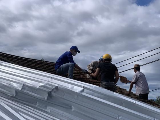 Các địa phương khắc phục hậu quả của bão số 6 ảnh 11