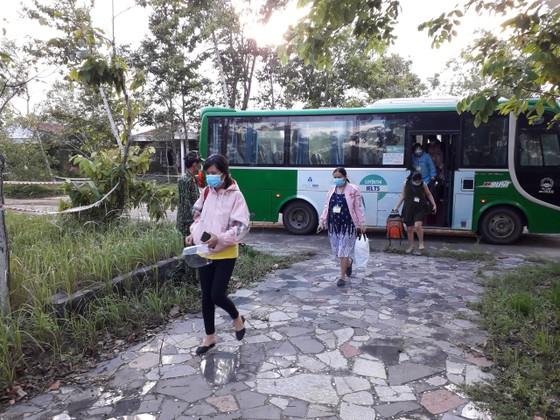 Sóc Trăng, Quảng Ngãi đón người dân từ TPHCM về quê ảnh 10