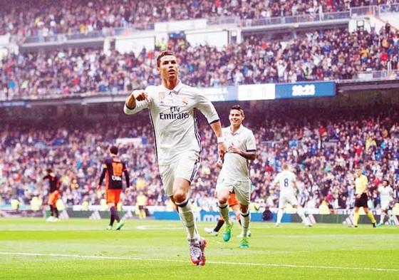 Cristiano Ronaldo vẫn đang tiếp tục chinh phục những kỷ lục ghi bàn