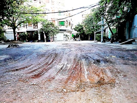 Tan nát đường vào khu Đồng Diều ảnh 1