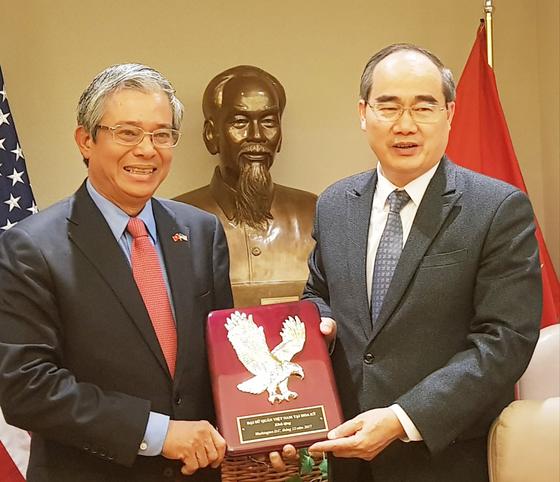 Bí thư Thành ủy TPHCM Nguyễn Thiện Nhân gặp gỡ các nhà đầu tư Hoa Kỳ ảnh 1