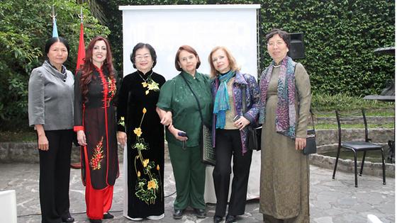 Kế tục và vun đắp tình hữu nghị truyền thống Argentina - Việt Nam ảnh 1