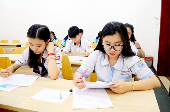 Năm 2018 nhiều trường điều chỉnh phương án tuyển sinh ảnh 1