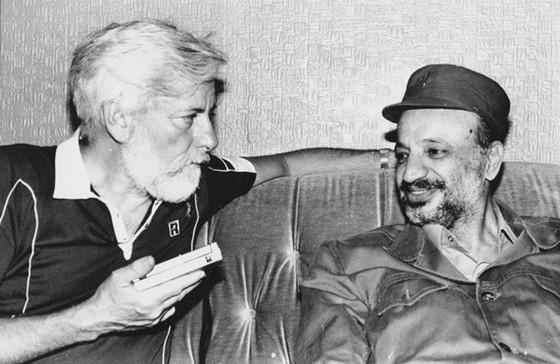 Yasser Arafat thoát khỏi bộ máy ám sát của Israel- Bài 2: Tê liệt mưu toan xóa sổ đối phương ảnh 1