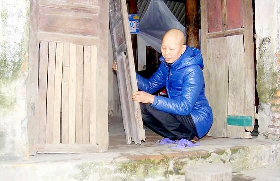 Nhà nghèo khó, bệnh nan y ảnh 1