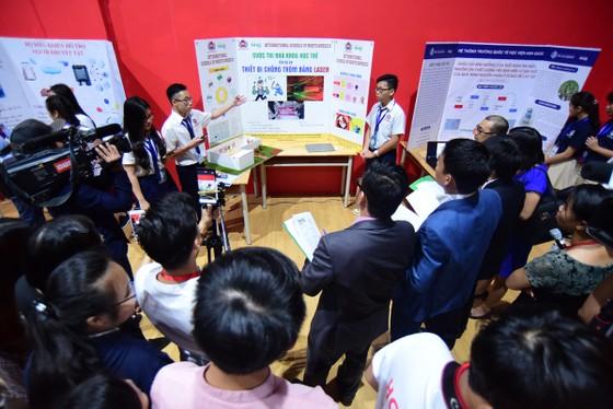 Sôi nổi vòng chung kết Hội thi Nhà khoa học Trẻ NHG 2018 ảnh 3
