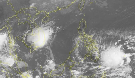 Áp thấp nhiệt đới gần bờ, Nam bộ mưa to ảnh 1