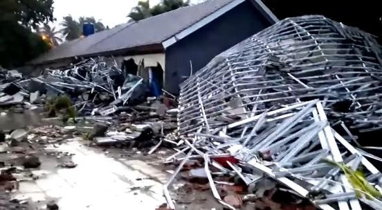 Sóng thần bất ngờ xảy ra ở Indonesia, gần 1.000 người thương vong ảnh 6