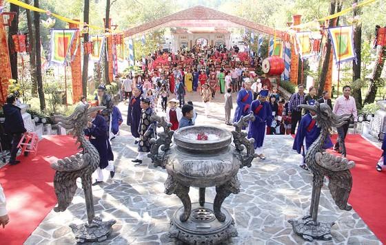 Nét đẹp lễ hội đầu Xuân Huế ảnh 3