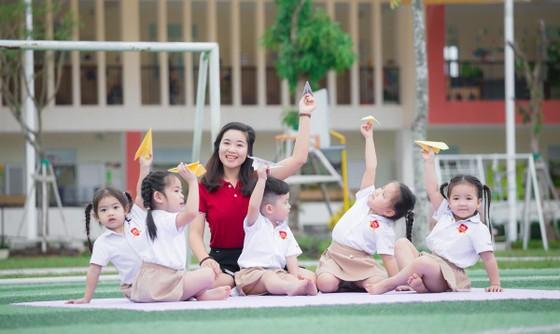 """iSchool đạt giải thưởng """"Top 10 thương hiệu mạnh ASEAN 2019"""" ảnh 3"""