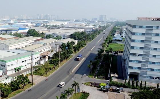 Ồ ạt nguồn vốn đầu tư từ Trung Quốc, Hồng Công ảnh 2