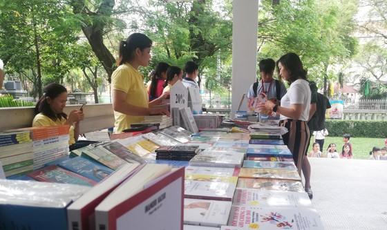 Hơn 200 đầu sách được giới thiệu tại Ngày hội đọc sách ở TPHCM ảnh 2
