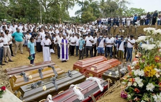Một kẻ đánh bom ở Sri Lanka đã học ở Anh và Australia ảnh 1