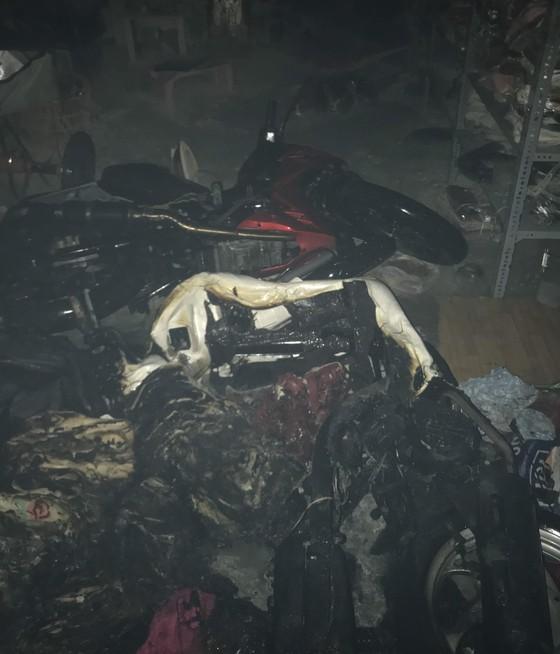 Cứu 1 người trong vụ cháy nhà dân tại quận Gò Vấp ảnh 3