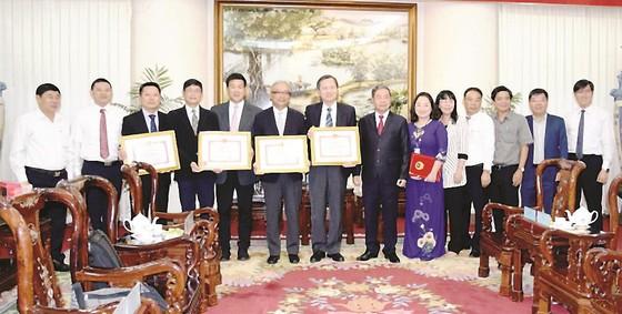 Công ty Vedan Việt Nam khám bệnh từ thiện và phát thuốc miễn phí tại tỉnh Đồng Nai ảnh 4