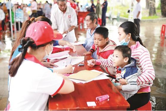 Công ty Vedan Việt Nam khám bệnh từ thiện và phát thuốc miễn phí tại tỉnh Đồng Nai ảnh 8