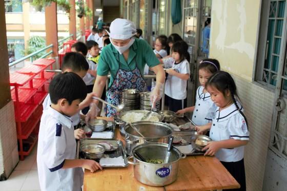 Chuẩn hóa thực đơn bán trú cho học sinh tiểu học ở Bắc Giang ảnh 1