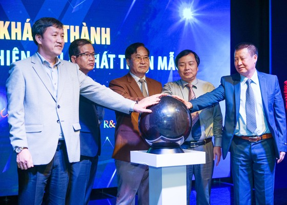 Việt Tiến khánh thành Trung tâm nghiên cứu và phát triển mẫu Dương Long R&D ảnh 2