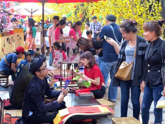Lễ hội Tết Việt 2020: Tái hiện làng nghề truyền thống ảnh 1