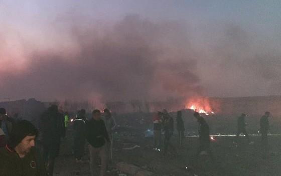 Máy bay chở khách của Ukraine rơi tại Iran: Toàn bộ 176 hành khách và phi hành đoàn thiệt mạng ảnh 2