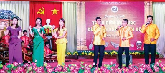Gìn giữ âm nhạc dân gian Khmer Nam bộ ảnh 2