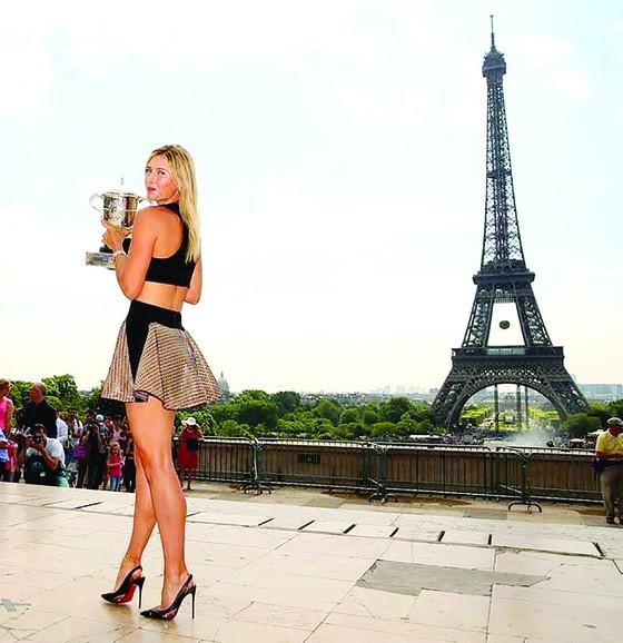 'Búp bê' Maria Sharapova: Biểu tượng sắc đẹp và tài năng ảnh 1