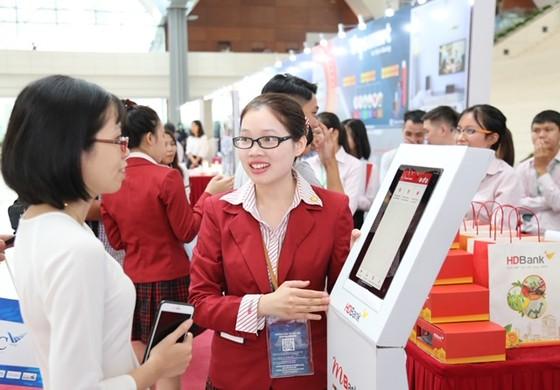 Ra mắt chương trình 'Tải App HDBank – Rinh Vespa sành điệu' từ HDBank ảnh 1