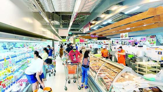 Hệ thống siêu thị Co.opmart, Co.opXtra giảm giá 3.400 mặt hàng nhu yếu phẩm mừng 30-4 ảnh 1