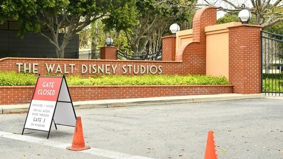 Hollywood thận trọng tái khởi động thị trường ảnh 1
