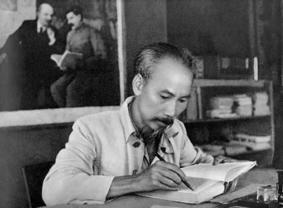 Tư tưởng Hồ Chí Minh soi sáng con đường cách mạng Việt Nam ảnh 1