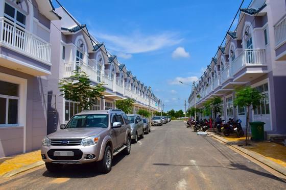 Khánh thành cụm Nhà ở xã hội KCN Hàm Kiệm I và khởi công Trung tâm thương mại Nam Phan Thiết ảnh 2