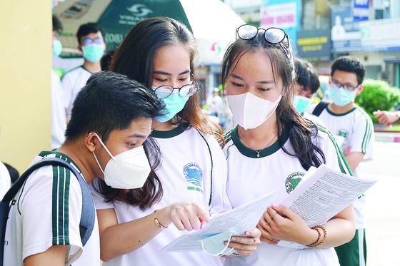Chỉ được dùng giấy chứng nhận kết quả thi THPT để xác định nhập học