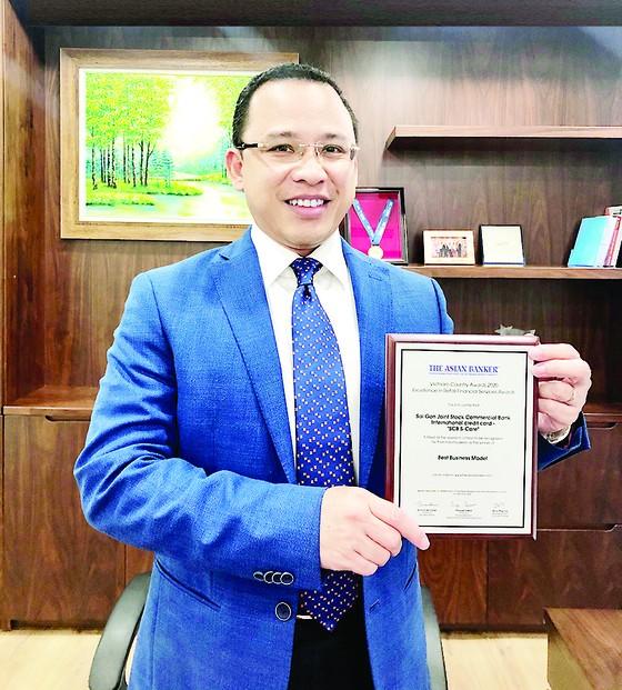 Thẻ tín dụng quốc tế S-Care của SCB được The Asian Banker vinh danh là 'Mô hình kinh doanh tốt nhất' ảnh 2