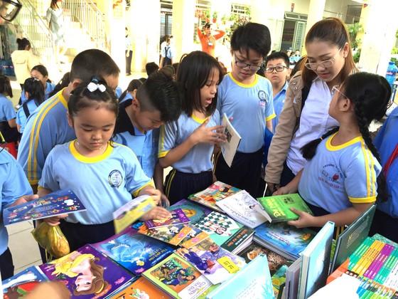 Phát triển văn hóa đọc - Cơ hội đã hé mở ảnh 1