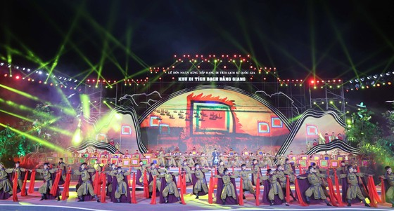 Trao bằng xếp hạng Khu di tích Bạch Đằng Giang là di tích lịch sử quốc gia ảnh 1