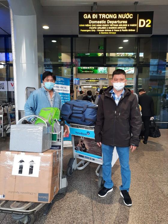 Đội phản ứng nhanh Bệnh viện Chợ Rẫy lên đường chi viện cho tỉnh Hải Dương ảnh 1