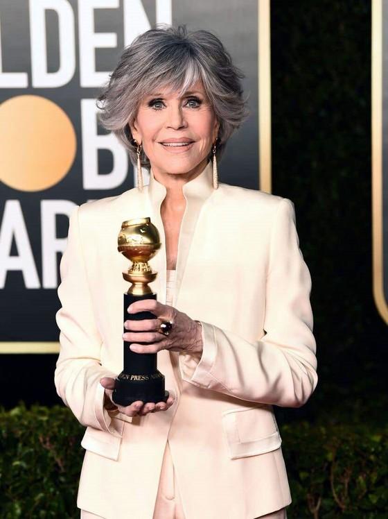Giải thưởng Quả cầu vàng 2021: Mùa giải 'khó quên' ảnh 1